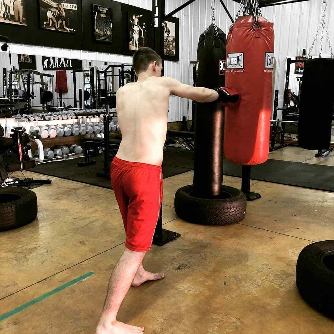 DEFY® Boxing Punch Training Sparring Fight UFC Red